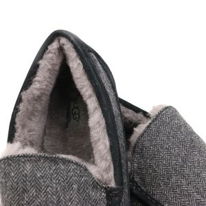 7585bd1ab77 UGG Ascot Tweed Black Woolrich Sheepskin Moccasin Boutique